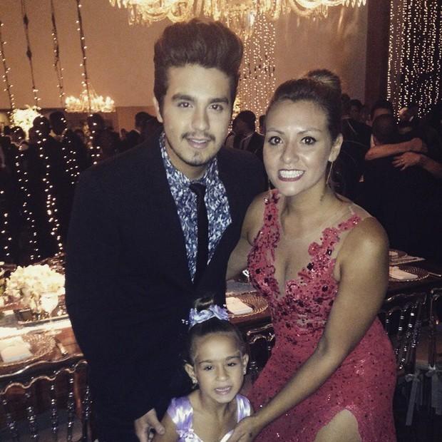 9cac4d638 Luan Santana na festa de casamento de Fernanda Souza e Thiaguinho (Foto:  Reprodução/