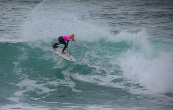 Tatiana Weston-Webb segunda fase Bells Beach surfe (Foto: Reprodução/WSL)