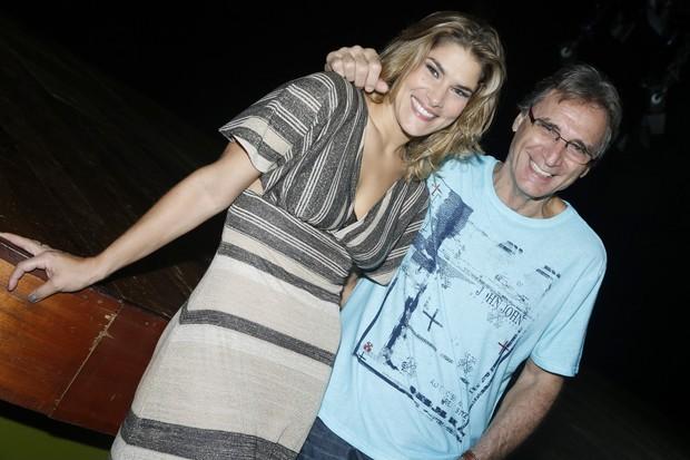 Priscila Fantin e Herson Capri após sessão de peça no Rio (Foto: Roberto Filho/ Ag. News)