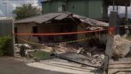 Um caminhão desgovernado atinge uma casa e fere três pessoas em Curitiba