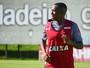 Santos ignora desdém do Atlético-MG e insiste na contratação de Robinho