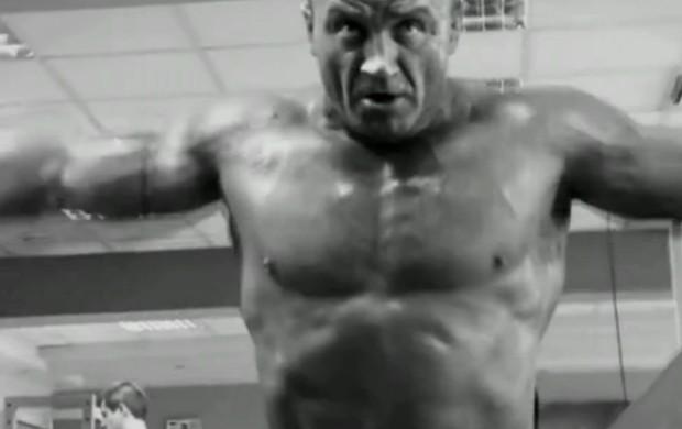 Mariusz Pudzianowski, o homem mais forte do mundo, é destaque no Sensei (Foto: Reprodução SporTV)