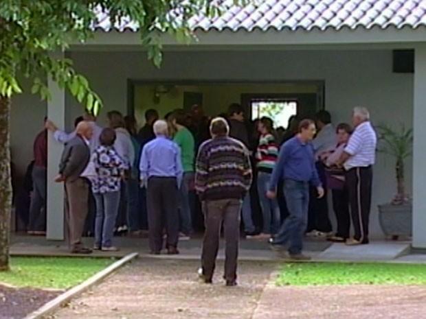 Velório Santa Clara do Sul troca de cadáver (Foto: Reprodução/RBSTV)