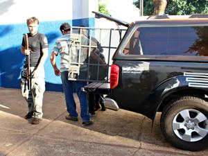 Suspeitos foram presos pelo crime e estão sendo ouvidos nesta manhã na Depac (Foto: Tatiane Queiroz/ G1 MS)