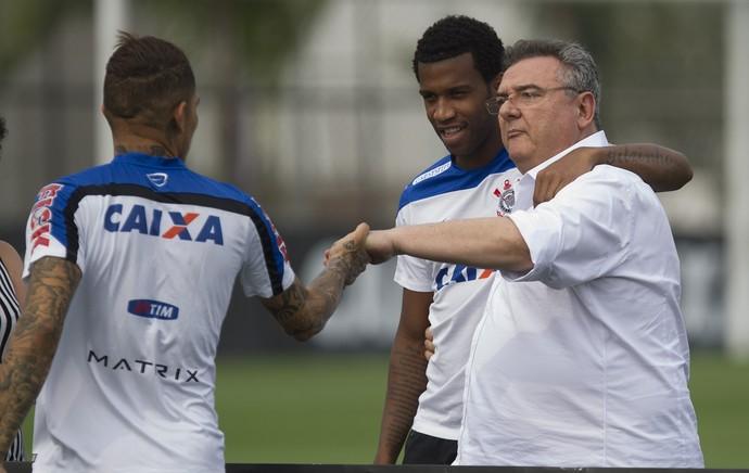 Gil e Mário Gobbi treino Corinthians (Foto: Daniel Augusto Jr/Ag. Corinthians)