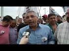 Pudim caminha com candidatos a vereador no Caju, em Campos, RJ