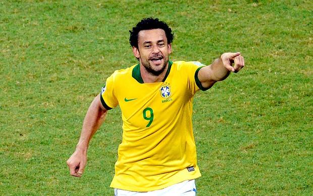 Fred gol Brasil jogo Itália em Salvador (Foto: AFP)