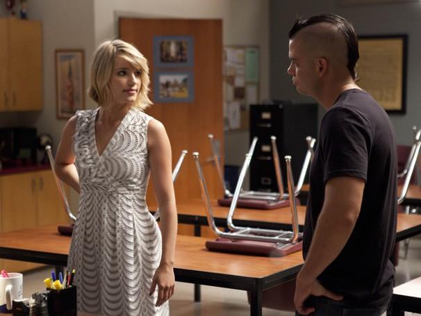 Quinn e Puck tentam se aproximar de sua filha, adotada por Shelby (Foto: Divulgação / Twentieth Century Fox)