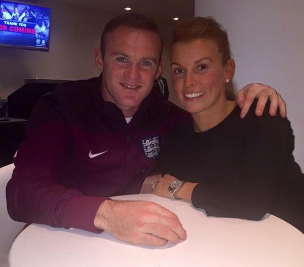 O jogador de futebol inglês Wayne Rooney com a esposa, Coleen (Foto: Instagram)