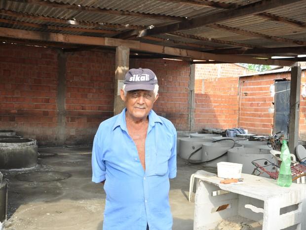Pedro já comprou passagem para ir a Minas Gerais em dezembro (Foto: Carlos Palmeira/ G1)