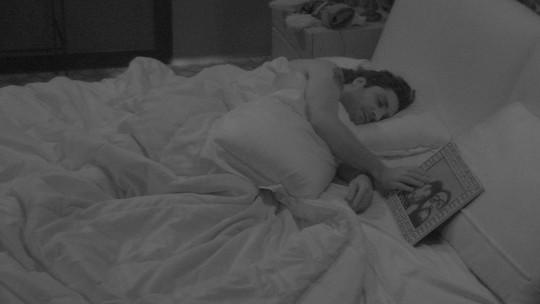 Todos os brothers e sisters dormem no BBB17