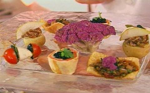Amuses bouches: entradinhas francesas de lagosta, salmão e foie gras