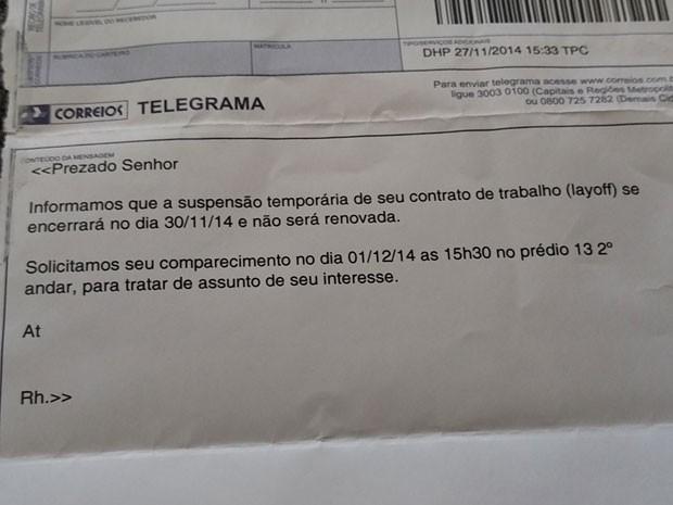 Darlene afirma que recebeu telegrama da Mercedes-Benz a comunicando do desligamento (Foto: Darlene Burgo/VC no G1)