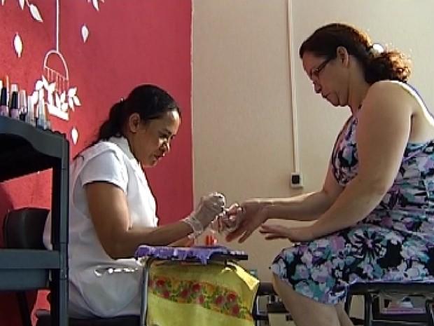 Incubadora Pública ajuda mulheres a conquistar mercado (Foto: Reprodução / TV Tem)