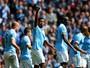 De olho no Real, City goleia o Stoke, mas Yaya Touré vira preocupação