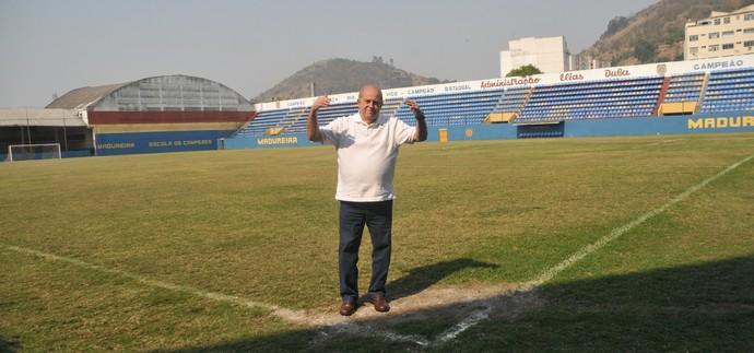 Elias Duba, presidente do madureira, no conselheiro Galvão (Foto: Sidnei Parraro)