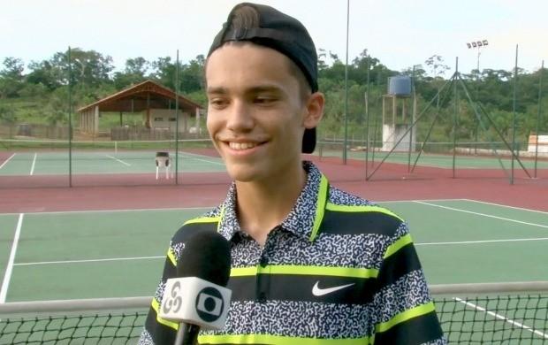Matheus Contec disputa campeonato nacional de tênis (Foto: Bom Dia Amazônia)