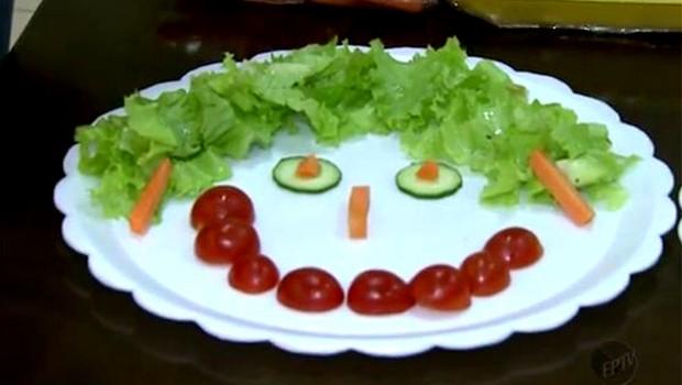 Telejornal mostra  como incentivar a alimentação saudável das crianças (Foto: Reprodução EPTV)