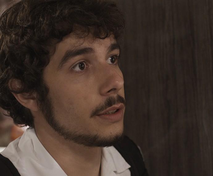 Luan manda bomba para Seu Jorge (Foto: TV Globo)