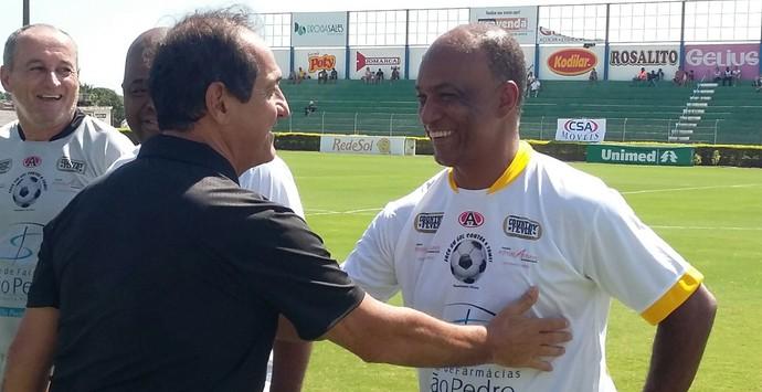 Muricy Ramalho e o ex-atacante Marcel (Foto: Vinícius de Paula / Mirassol FC)