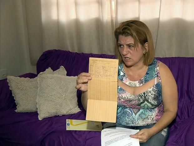 Dona de casa precisa do remédio para sobreviver (Foto: Reprodução EPTV)