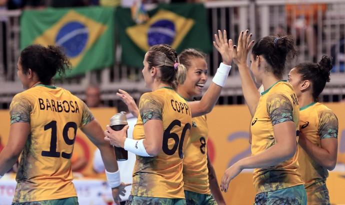 Brasil bate o Uruguai por 40 a 22 e vai à final do Pan (Foto: EFE/Elvira Urquiijo A.)