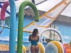 Geisy Arruda mostra bumbum irretocável durante férias