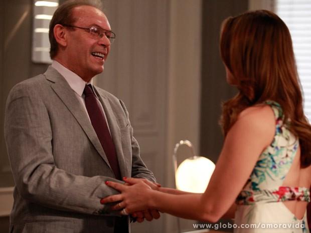 Herbert conversa com Paloma (Foto: Amor à Vida / TV Globo)