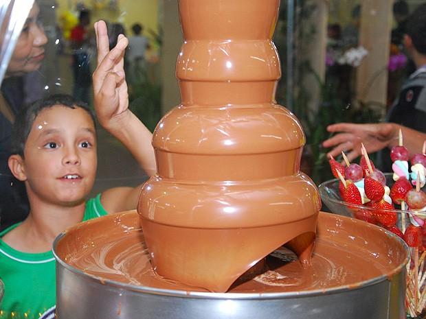 Mais de mil crianças participam da abertura do III Festival do Chocolate em Vila Velha (Foto: Divulgação/PMVV)