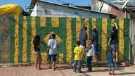 Jovens do bairro Bom Jesus, em Porto Alegre, falam de esperança para o Brasil