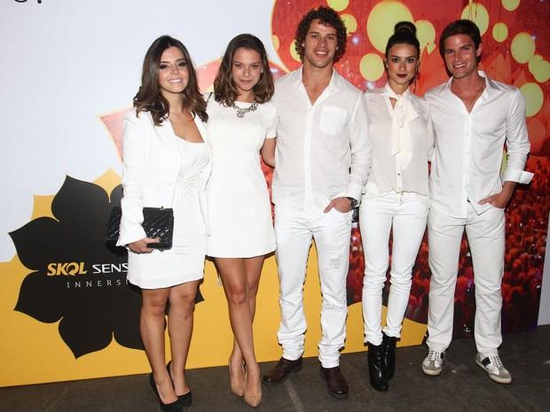 Giovanna Lancellotti, Milena Toscano, José Loreto, Thaila Ayala e Jonatas Faro (Foto: Felipe Panfili e Leo Franco/AgNews)