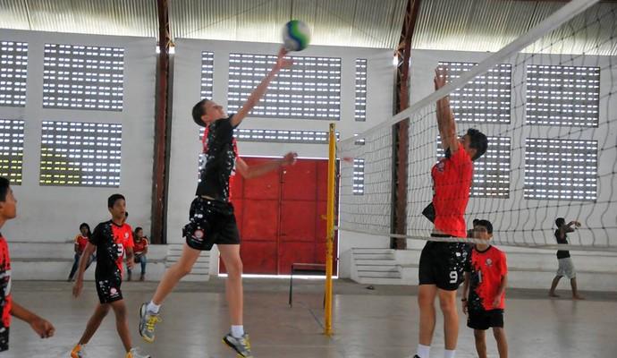 Emerson Gustava, projeto social de vôlei de Caiçara, Paraíba (Foto: Divulgação)