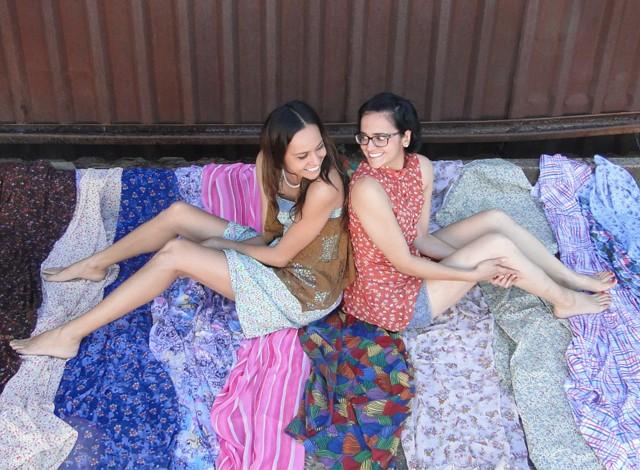 Liberdade, cultura e estilo próprio são prioridades das irmãs Priscila e Karine (Foto: Ateliê Azul de Metileno / Arquivo)