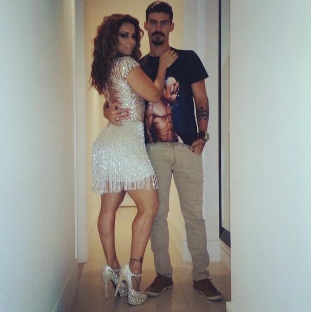 Viviane Araújo e Radamés (Foto: Reprodução/Instagram)