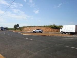 Rotatórias foram construídas para reduzir os acidentes, informou o Executivo (Foto: Divulgação/Prefeitura)