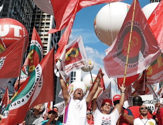 Protesto contra o governo Dilma no dia do Trabalho (Foto: REUTERS/Nacho Doce)