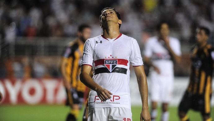 São Paulo x The Strongest Ganso (Foto: Marcos Ribolli)