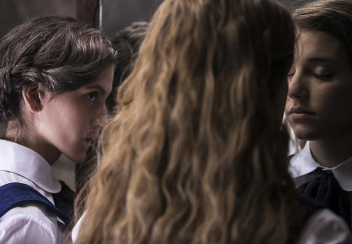 As duas treinam no espelho (Foto: Inácio Moraes/Gshow)