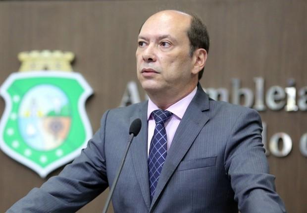 Juiz Fábio Falcão prepara segunda cassação do prefeito Ivo Gomes