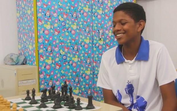 Ryhan Carlos de 13 anos tem se destacado no jogo de xadrez (Foto: Bom Dia Amazônia)
