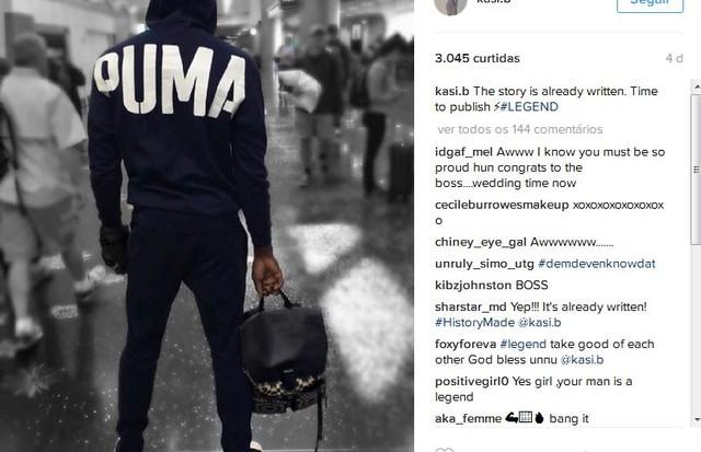 """""""A história já está escrita. É hora de publicá-la"""", escreveu Kasi no Instagram. No clique, Bolt surge de costas, no que parece ser um saguão de aeroporto (Foto: Instagram/Reprodução)"""