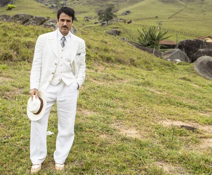 Ernesto terá Impecável visuais e promete arrancar suspiros da mulherada (Foto: Inácio Moraes / Gshow)