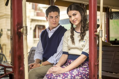 Arthur Aguiar e Giovanna Grigio (Foto: Estevam Avellar/ TV Globo)