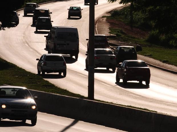 Distrito Federal tem 40% da frota de carros em situação irregular (Foto: Pedro Ventura/Agência Brasília)