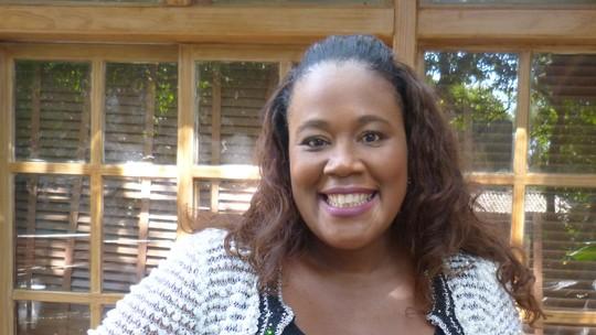 Especialista em pele negra, Katleen Conceição dá dicas para combater a oleosidade
