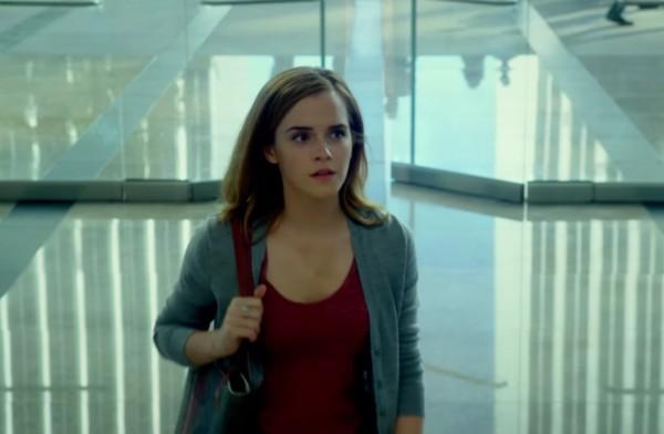 A atriz Emma Watson no trailer de 'The Circle' (Foto: Reprodução)