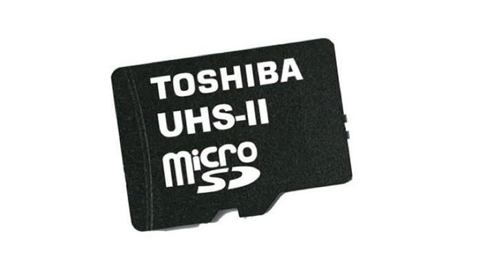 Novo cartão microSD da Toshiba lê dados até 8 vezes mais rápido que modelo anterior de 32 GB (Foto: Divulgação/Toshiba)