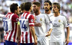 Raul Garcia e Sergio Ramos Real Madrid e Atlético de Madrid (Foto: Agência AFP )