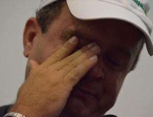 Galego se emociona após o apito final do árbitro (Foto: João Áquila/GLOBOESPORTE.COM)
