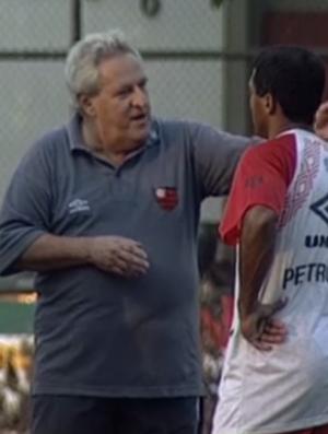 Apolinho; ex-técnico do Flamengo (Foto: Reprodução SporTV)